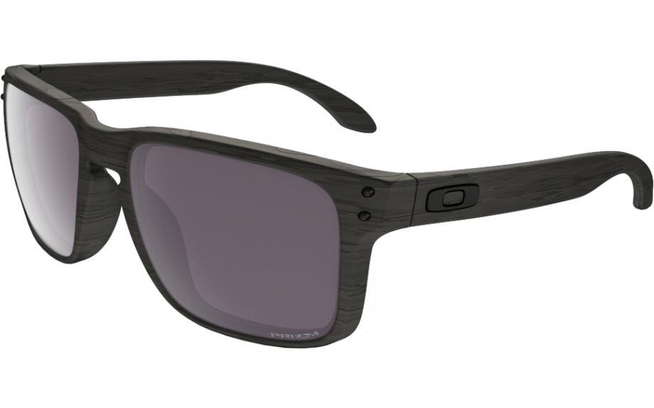 Oakley Holbrook Review